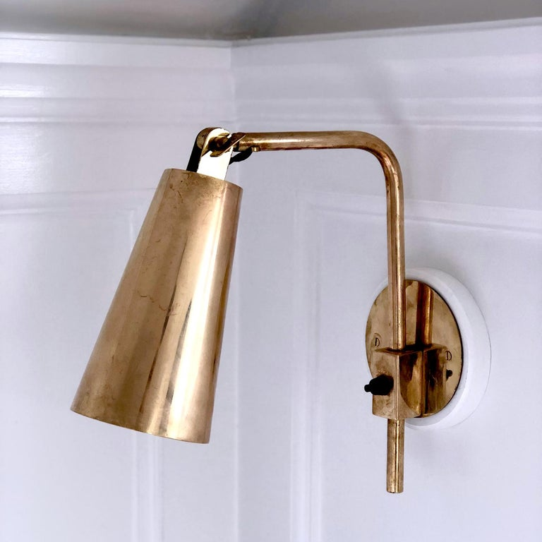 Mid-Century Modern Rare Pair of Brass Paavo Tynell Wall Lights, Hotel Vaakuna Finland 1950s For Sale