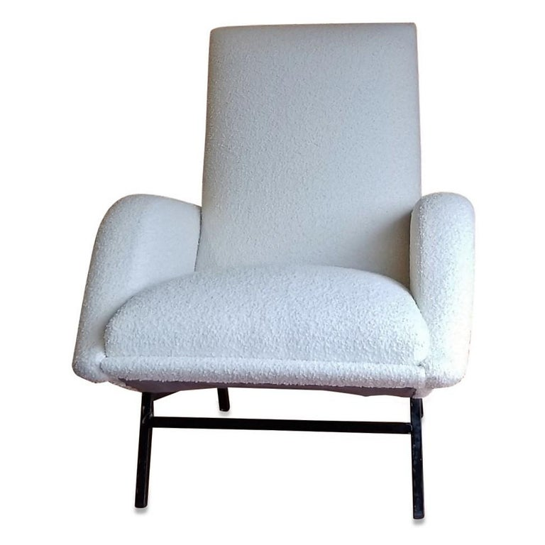 Rare Pair of Creme Bouclette Guy Besnard Armchairs, France, 1950s In Good Condition For Sale In Newburgh, NY