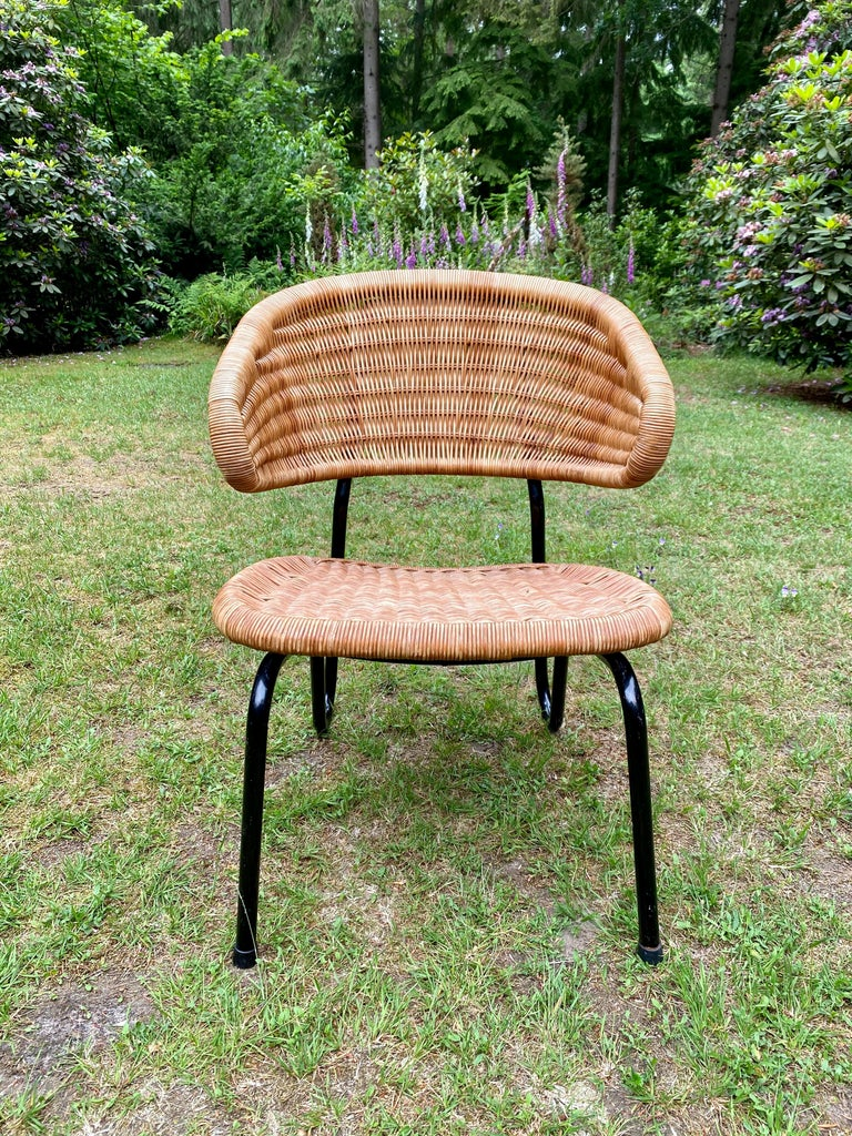 Dutch Rare Pair of Easy Chairs, Model 568, Designed by Dirk van Sliedregt, 1954 For Sale