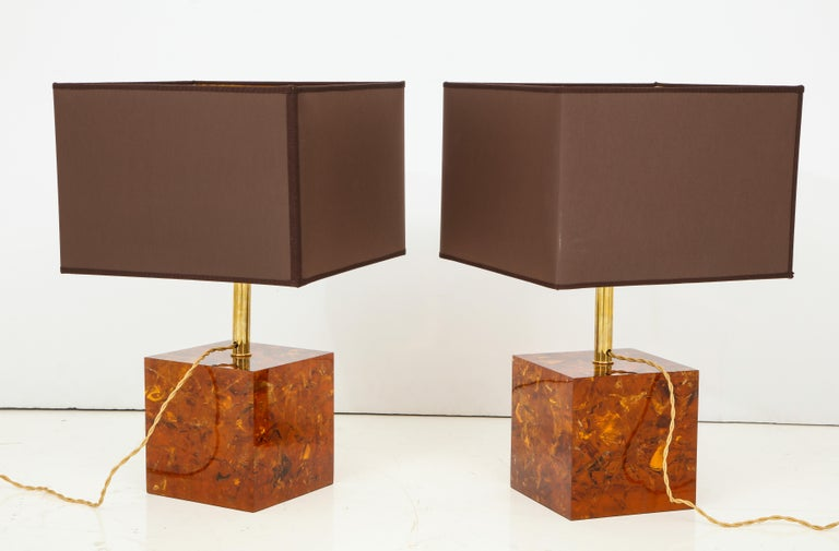 Silk Rare Pair of Fractal Resin Lamps with Black and Gold Shades, Italy For Sale