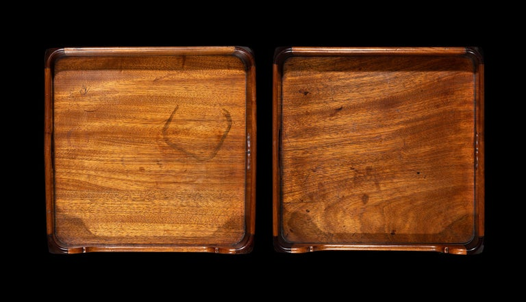 Rare Pair of George III Flamed Mahogany and Ebony Bedside Cabinets 1