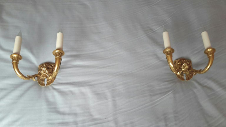 Rare Pair of Gilt Bronze Empire Style Lions Sconces, France In Excellent Condition For Sale In Paris, FR