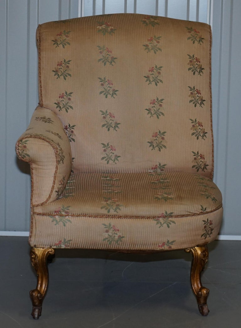 Hand-Crafted Rare Pair of Giltwood Victorian Asymmetrical Armchairs Embroidered Bird Covers For Sale