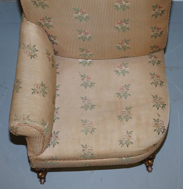 Mid-19th Century Rare Pair of Giltwood Victorian Asymmetrical Armchairs Embroidered Bird Covers For Sale