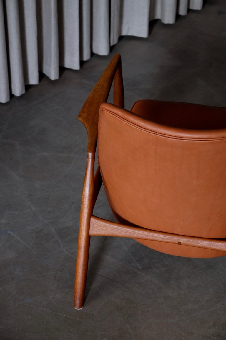 Rare Pair of Ib Kofod-Larsen Seal or Sälen Easy Chairs, 1960s For Sale 8