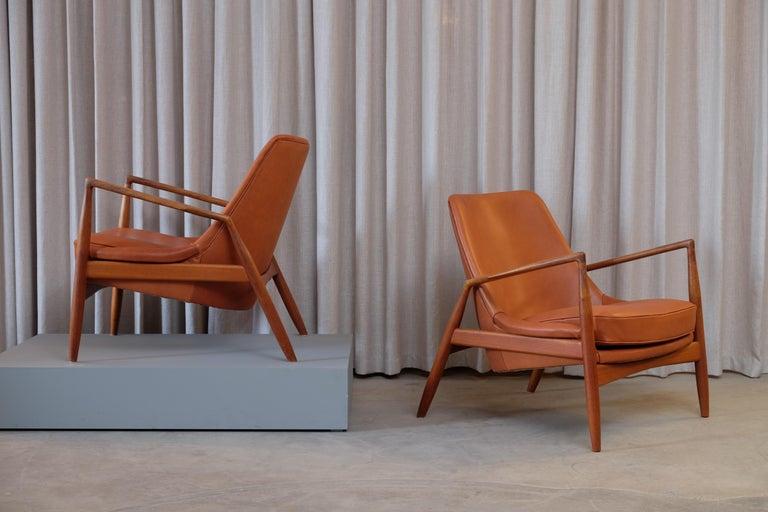 Swedish Rare Pair of Ib Kofod-Larsen Seal or Sälen Easy Chairs, 1960s For Sale