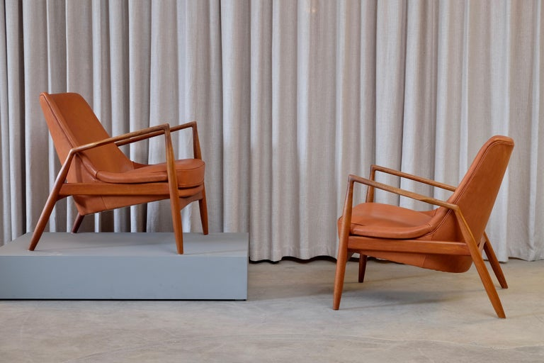 Rare Pair of Ib Kofod-Larsen Seal or Sälen Easy Chairs, 1960s For Sale 1