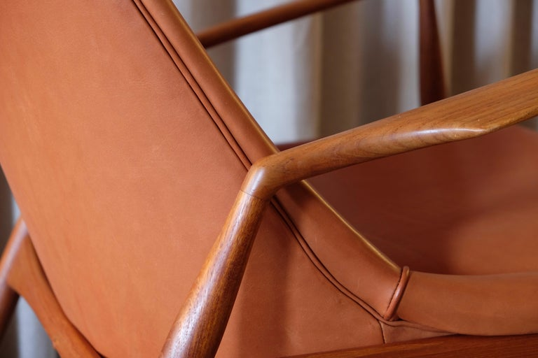 Rare Pair of Ib Kofod-Larsen Seal or Sälen Easy Chairs, 1960s For Sale 2