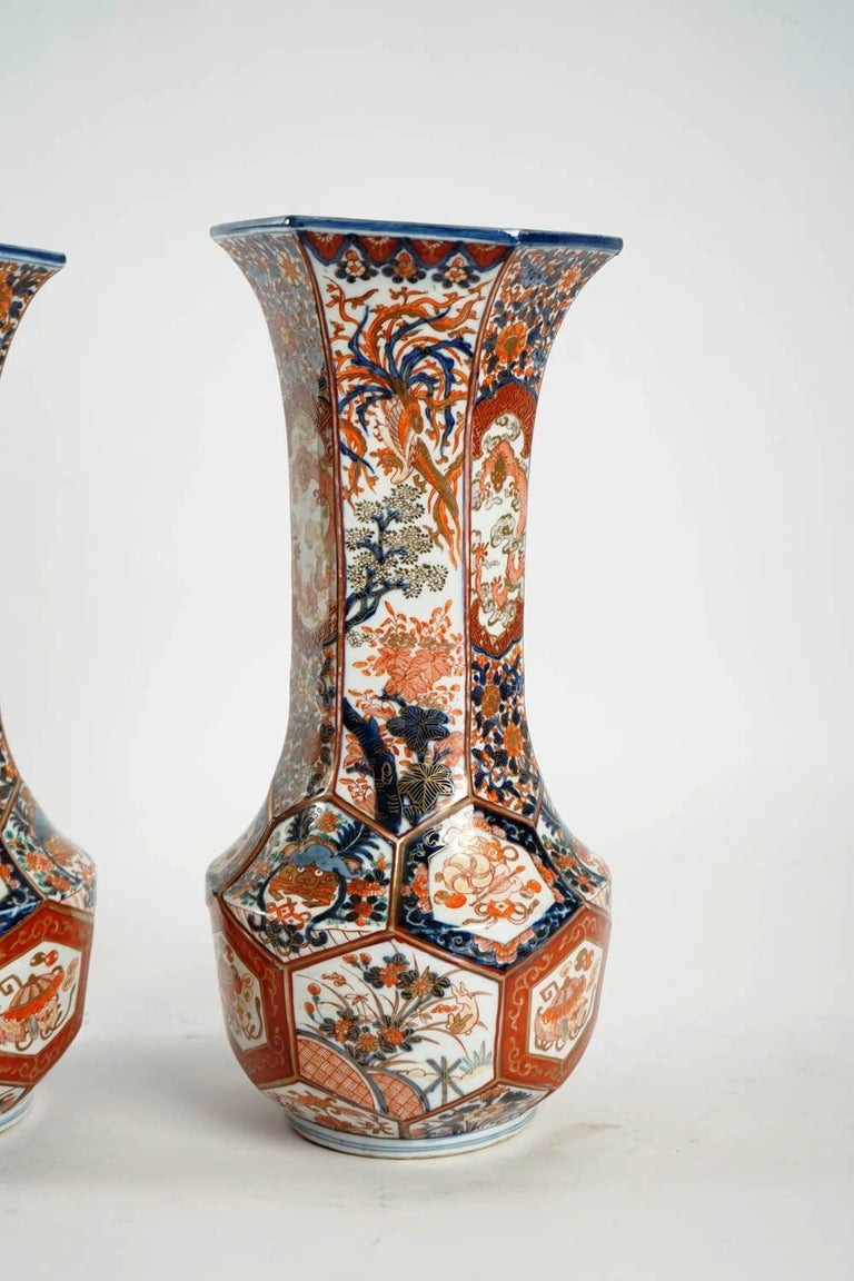 Rare Pair of Imari Porcelain Vases with Polychrome Decor, Japan, 19th Century For Sale 4