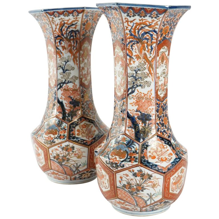 Rare Pair of Imari Porcelain Vases with Polychrome Decor, Japan, 19th Century For Sale