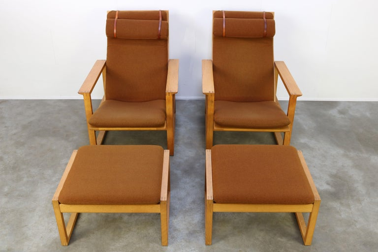 Rare Pair of Model 2254 Lounge Chairs by Børge Mogensen with Ottomans 1950s Wool For Sale 2