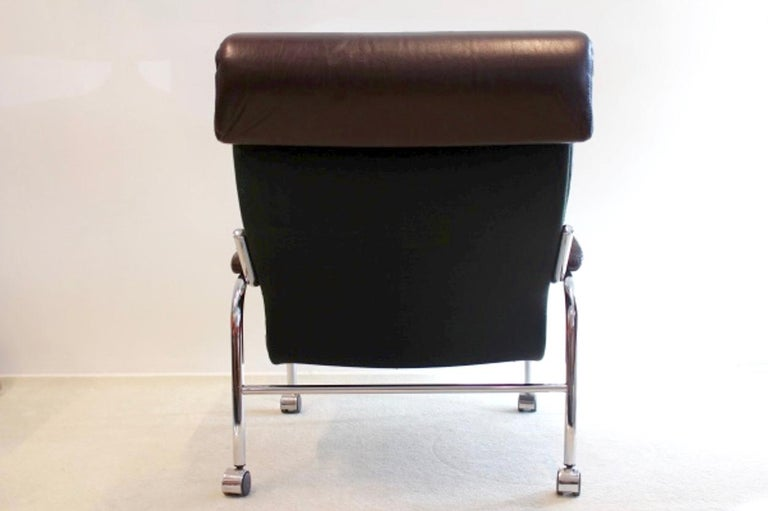 Rare Pair of Noboru Nakamura 'Bore' Leather Lounge Chairs with Footstool, 1970s For Sale 6