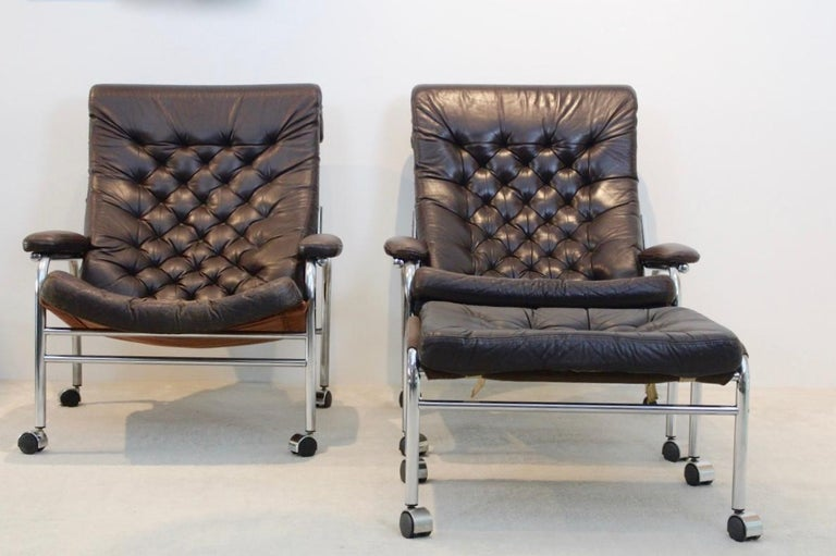 Scandinavian Modern Rare Pair of Noboru Nakamura 'Bore' Leather Lounge Chairs with Footstool, 1970s For Sale