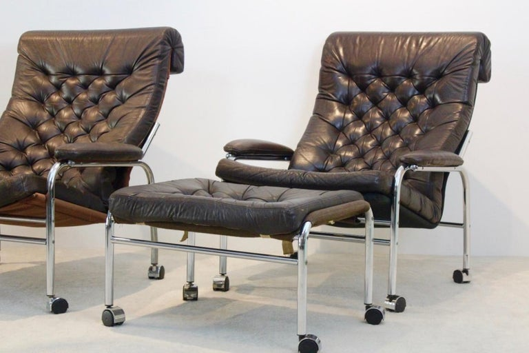 Rare Pair of Noboru Nakamura 'Bore' Leather Lounge Chairs with Footstool, 1970s In Good Condition For Sale In Voorburg, NL