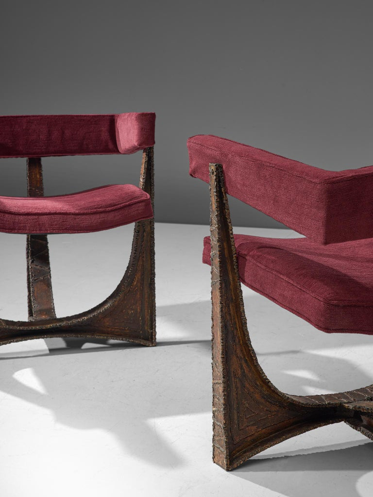 Rare Pair of Reupholstered Armchairs in Burgundy Mohair by Paul Evans In Good Condition In Waalwijk, NL