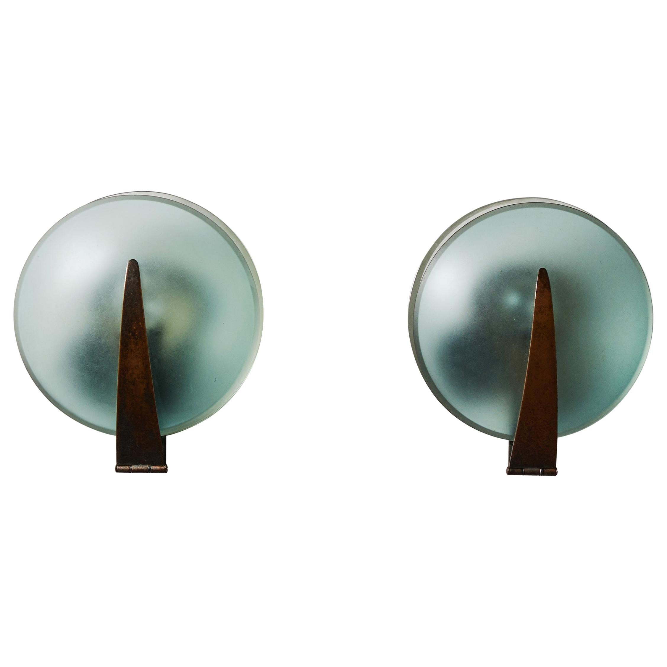 Rare Pair of Sconces by Max Ingrand for Fontana Arte