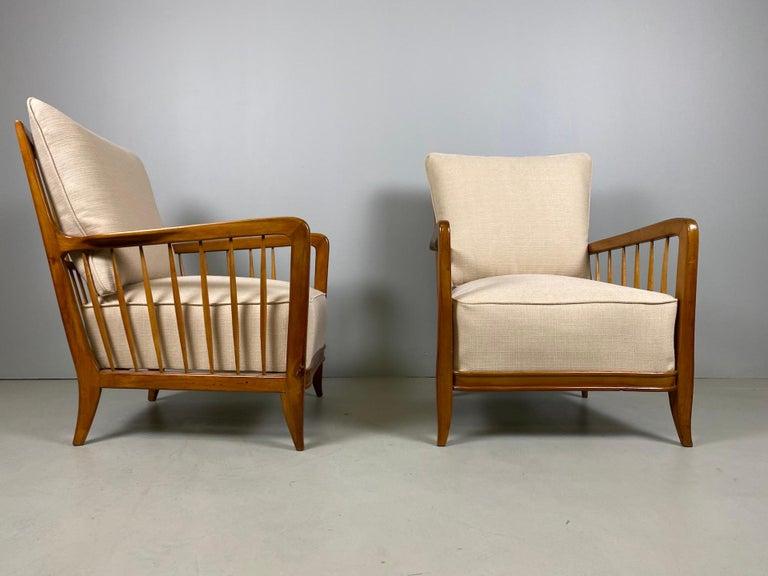 Rare Pair of Sculptural Paolo Buffa Armchairs, circa 1940 In Good Condition For Sale In Rovereta, SM