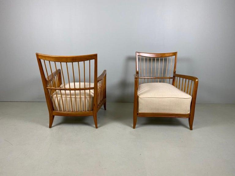 Rare Pair of Sculptural Paolo Buffa Armchairs, circa 1940 For Sale 1