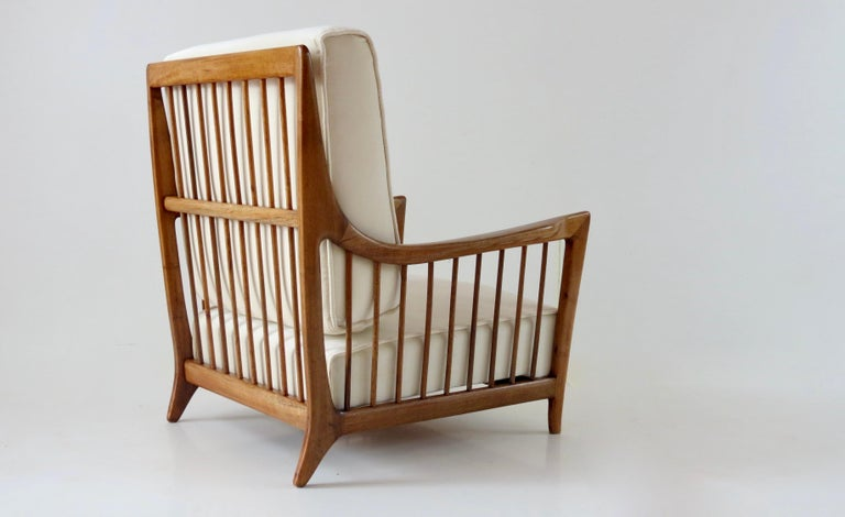 Elegant rare armchair, model n. 118/F, designed by Arch. Paolo Buffa and produced by Eredi Marellli Cantù, 1950 cherrywood and fabric reupholstery in white velvet cotton Measures: 79 x 73 cm, height 87 cm, arms height 53 cm seat height 33 cm very