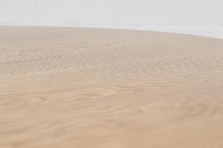 Rare Pastoe Round Oak Pedestal Dining or Center Table For Sale 4