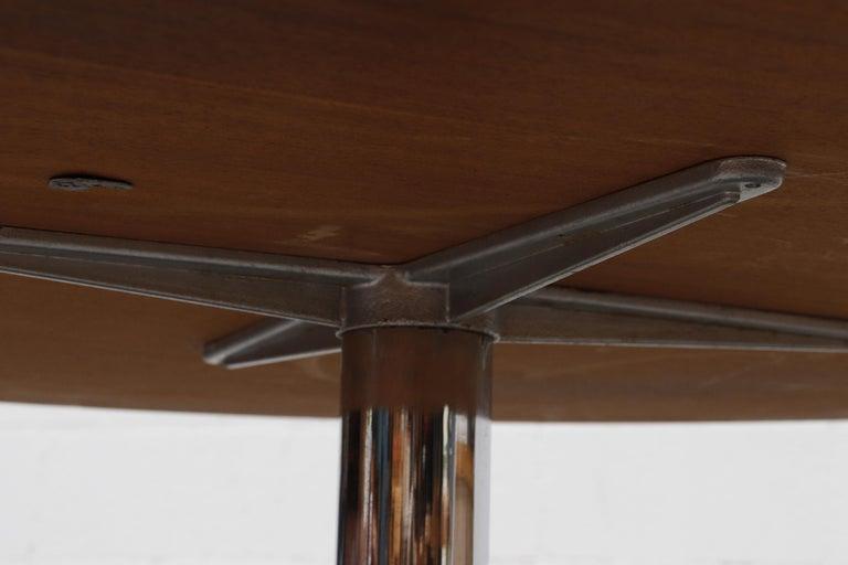 Rare Pastoe Round Oak Pedestal Dining or Center Table For Sale 6