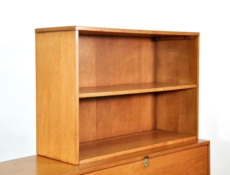 Rare Paul McCobb Drop Lid Desk Cabinet For Sale 10