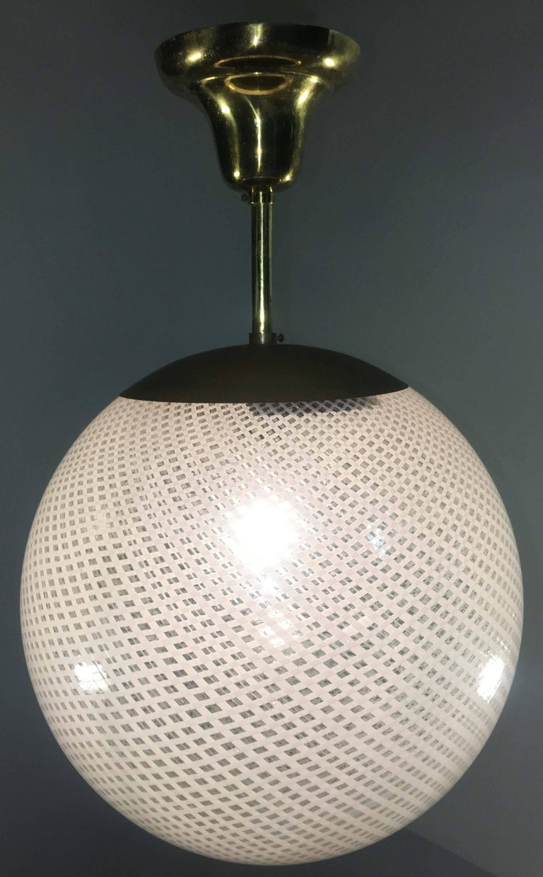 Globe Chandelier Reticello attibuited to Carlo Scarpa per Venini, Murano, 1950s For Sale 6