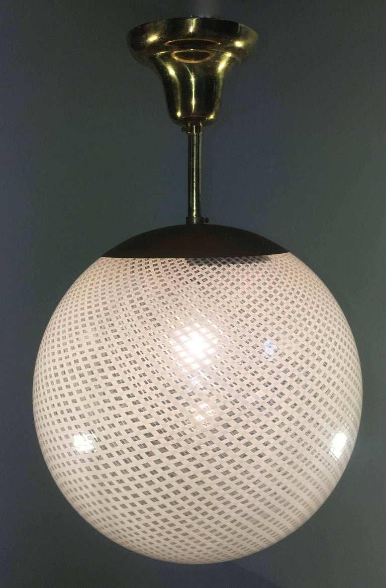 Globe Chandelier Reticello attibuited to Carlo Scarpa per Venini, Murano, 1950s For Sale 7
