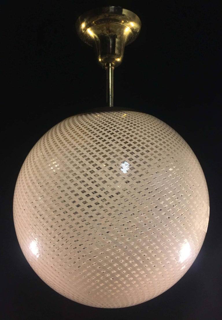 20th Century Globe Chandelier Reticello attibuited to Carlo Scarpa per Venini, Murano, 1950s For Sale