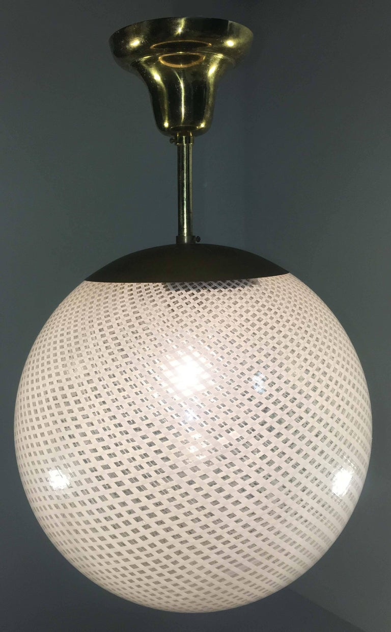 Globe Chandelier Reticello attibuited to Carlo Scarpa per Venini, Murano, 1950s For Sale 2