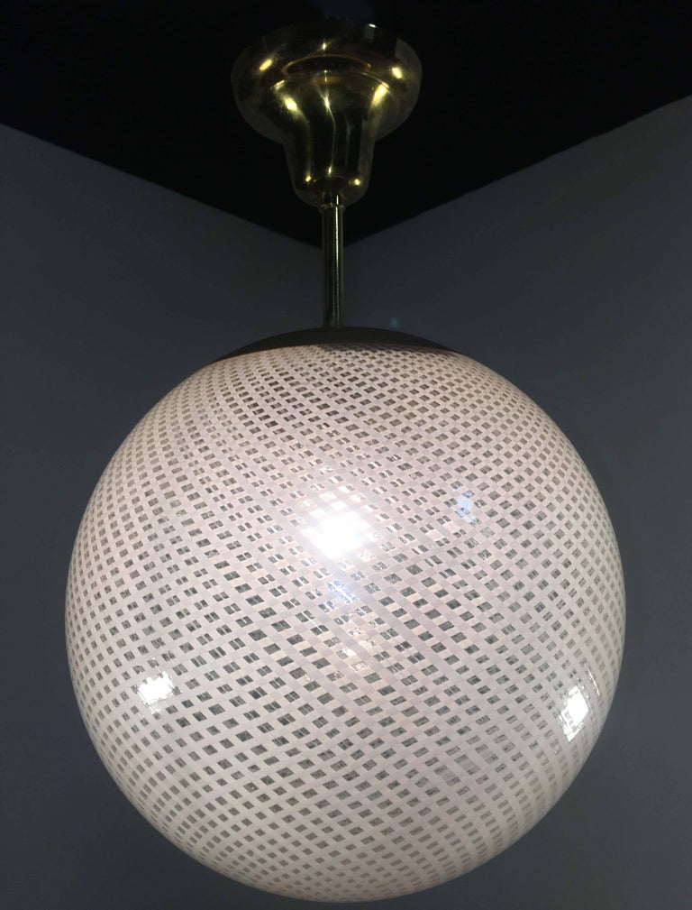 Globe Chandelier Reticello attibuited to Carlo Scarpa per Venini, Murano, 1950s For Sale 3