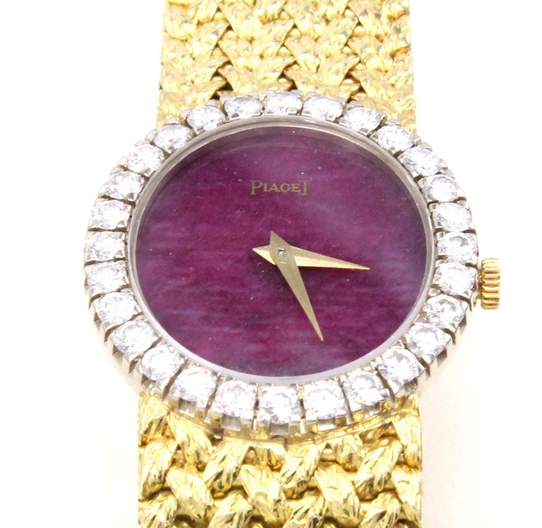 Piaget mechanical wristwatches from the 1970s have long become a collector item, besides being a beautiful piece of wearable jewelry. Among these the most sought after models are the ones with hard-stone dials such as Lapis Lazuli or Jade. The