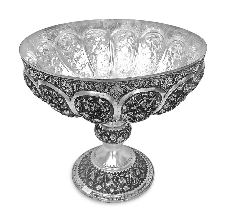 Rare Piece Handmade Persian Silver Bowl In Good Condition For Sale In Jackson Heights, NY