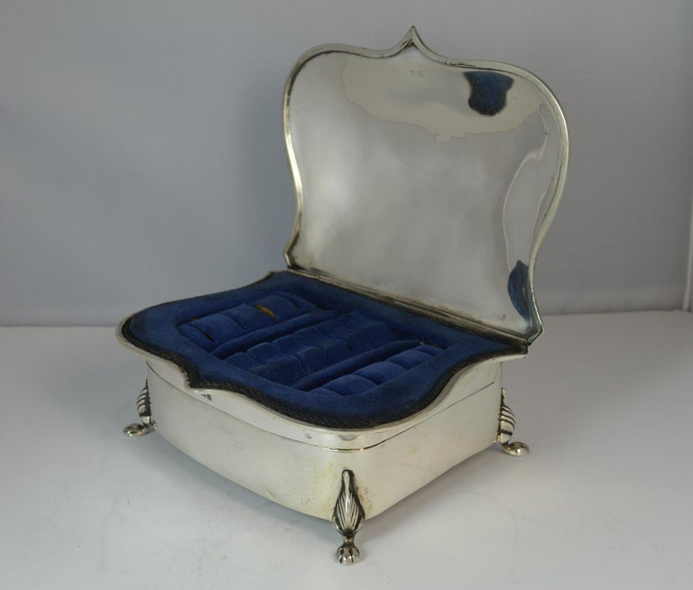 Rare Plain 1919 Hallmarked Solid Silver Two-Tier Jewelry and Multi Ring Box For Sale 1