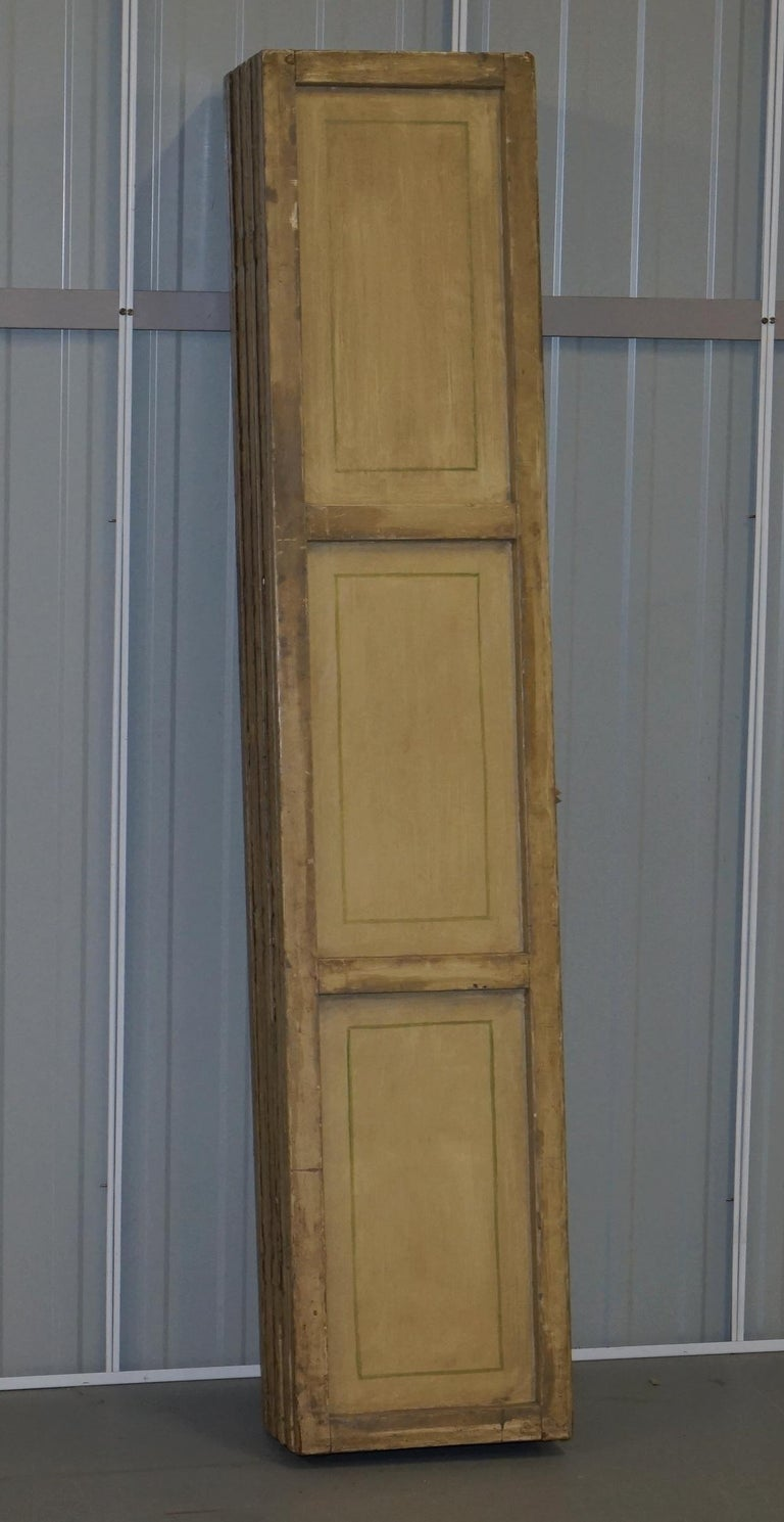 Lovely circa 1900-1920 Qing Dynasty Canvas Chinese 8-Panel Folding Screen For Sale 14
