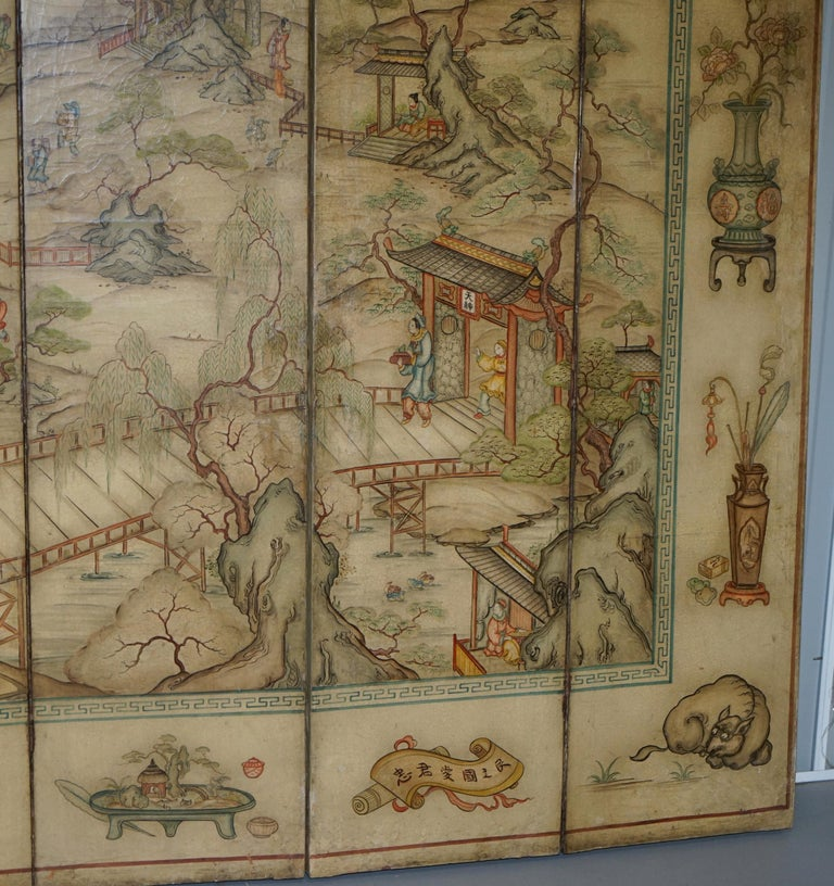 Lovely circa 1900-1920 Qing Dynasty Canvas Chinese 8-Panel Folding Screen For Sale 1