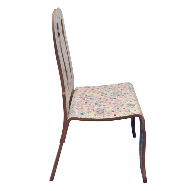 American Rare Robert Venturi Set of 14 Queen Anne Chairs for Knoll circa 1984 'Signed' For Sale