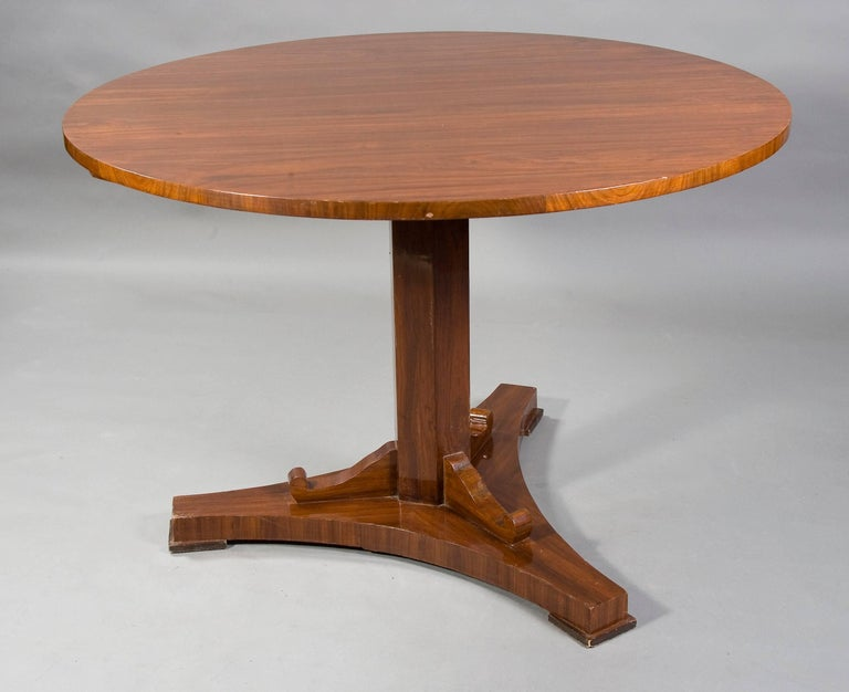 Rare Round Folding Table in Biedermeier Style For Sale 1