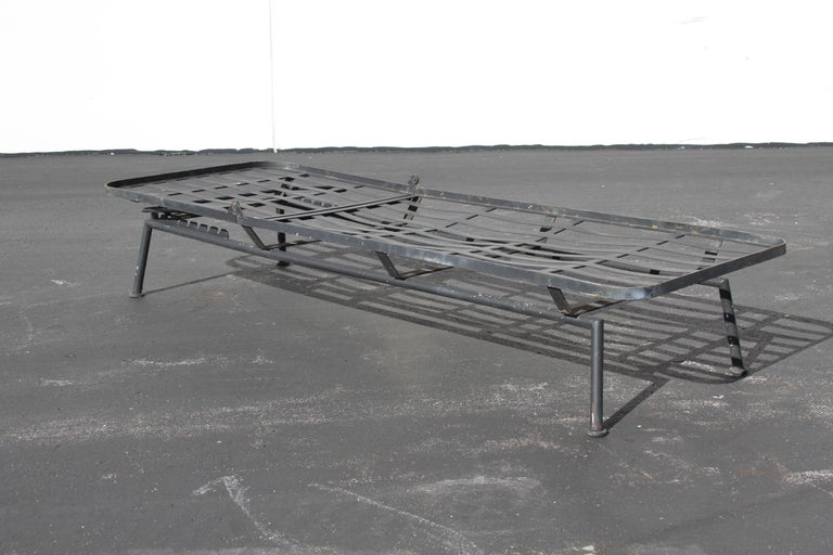 Rare Russell Woodard Wrought Iron Chaise Lounge or Daybed For Sale 8