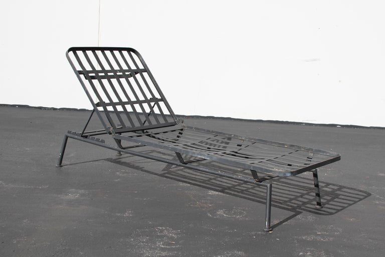 Painted Rare Russell Woodard Wrought Iron Chaise Lounge or Daybed For Sale