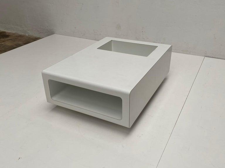 Minimalist Rare Sculptual Form 'MBR 03' Coffee Table by Michel Boyer for Rouve, Paris, 1968 For Sale