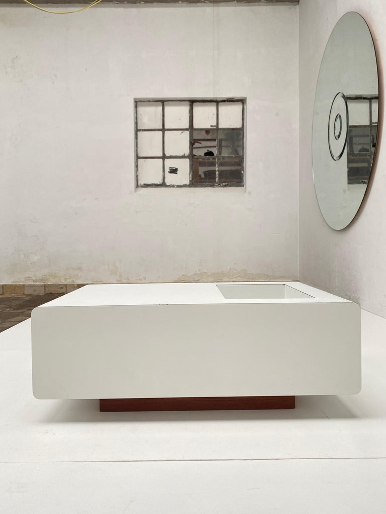 French Rare Sculptual Form 'MBR 03' Coffee Table by Michel Boyer for Rouve, Paris, 1968 For Sale