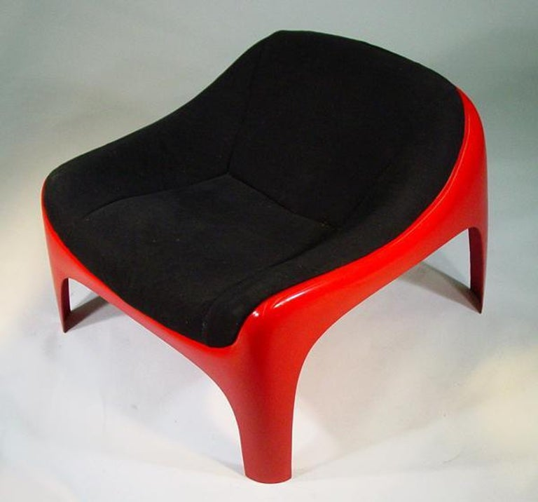 Rare Sergio Mazza Lounge Chair for Artemide In Excellent Condition For Sale In Van Nuys, CA