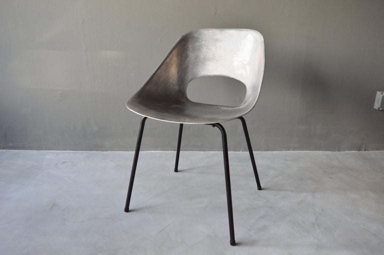 Rare Set of 10 Aluminum Chairs by Pierre Guariche For Sale 1