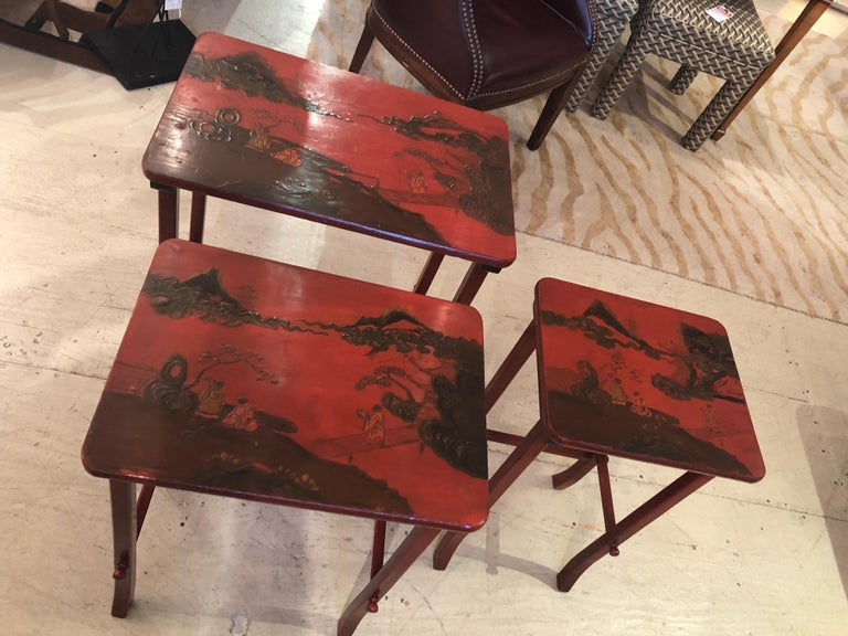 Rare Set of 19th Century Elegant Chinoiserie Tomato Red Nesting Tables For Sale 8
