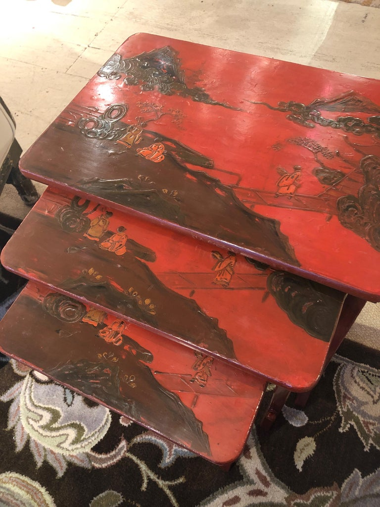 Wood Rare Set of 19th Century Elegant Chinoiserie Tomato Red Nesting Tables For Sale