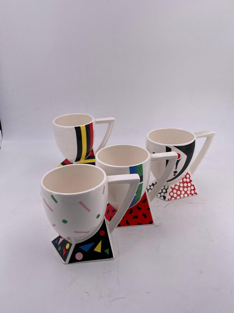 20th Century Rare Set of 4 Porcelain Cups Design by Kato Kogei Postmodern Memphis Japan For Sale
