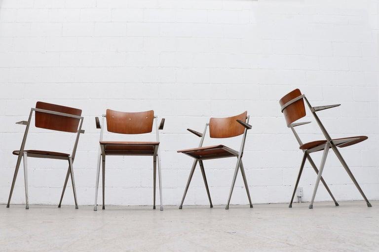 Rare Set of 4 Wim Rietveld 'Pyramid' Armchairs For Sale 1