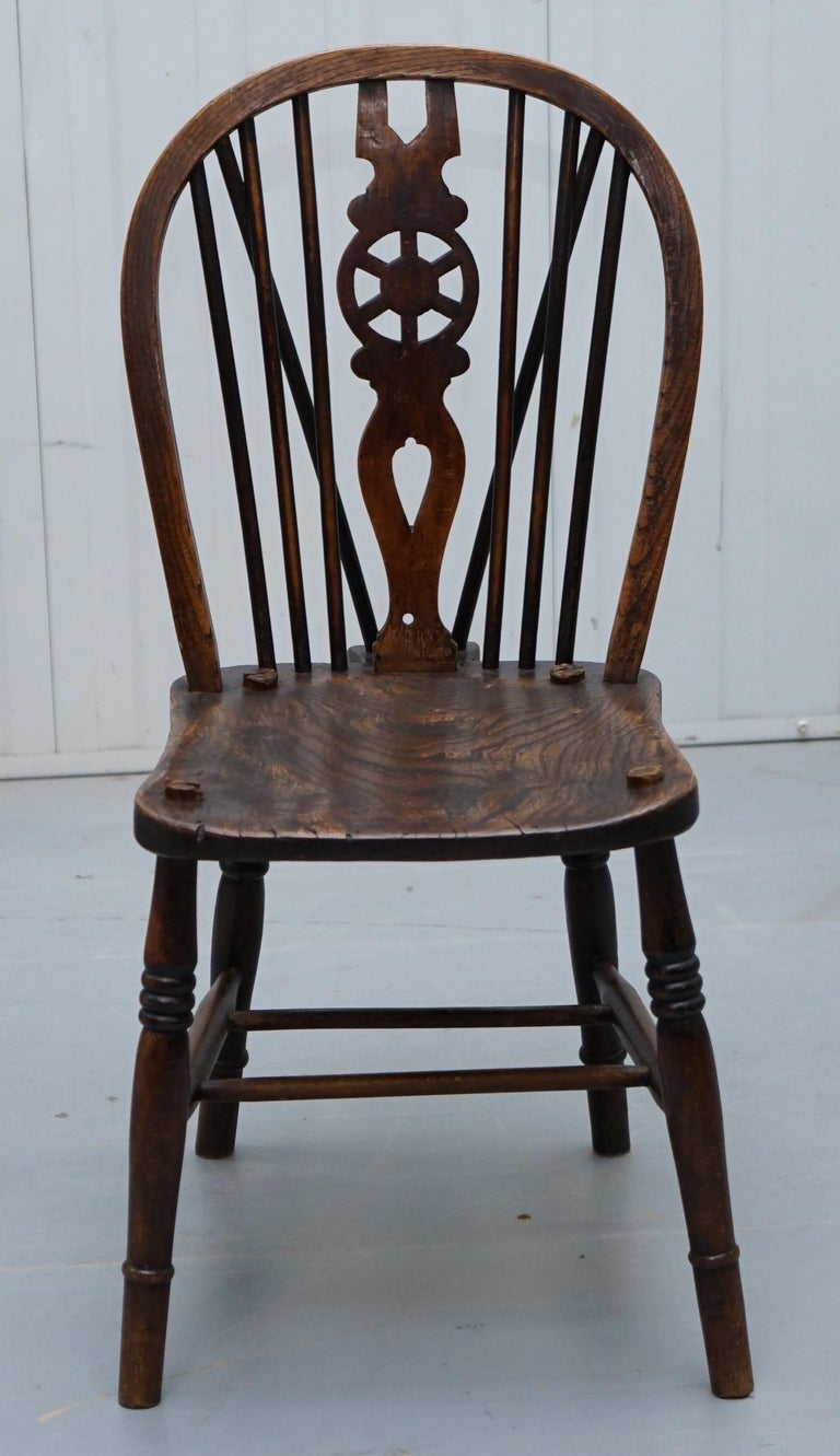 English Rare Set of 6 Victorian 1840 Hoop Back Windsor Chairs High Wycombe, England For Sale