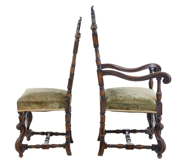 Rare Set of Eight 19th Century Carved Walnut Carolean Design Dining Chairs In Good Condition For Sale In Debenham, Suffolk